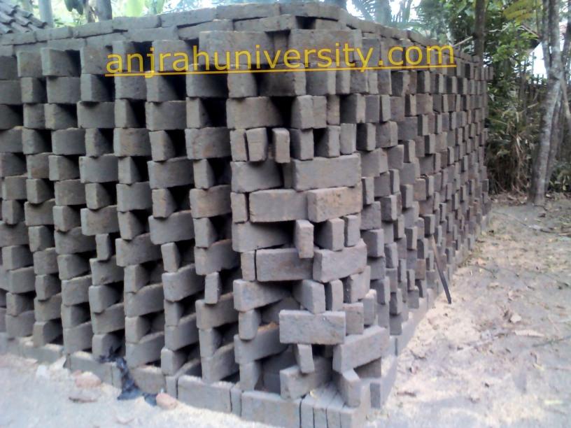 dinding tepian proses membuat batu bata secara tradisional