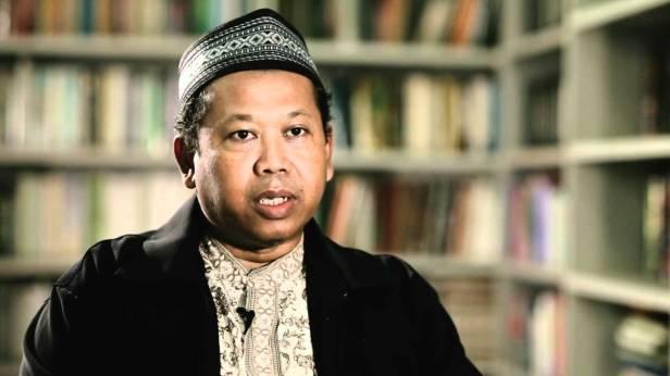 Dialog Imajiner Dengan Jaringan Islam Liberal Sesat Adian Husaini MA